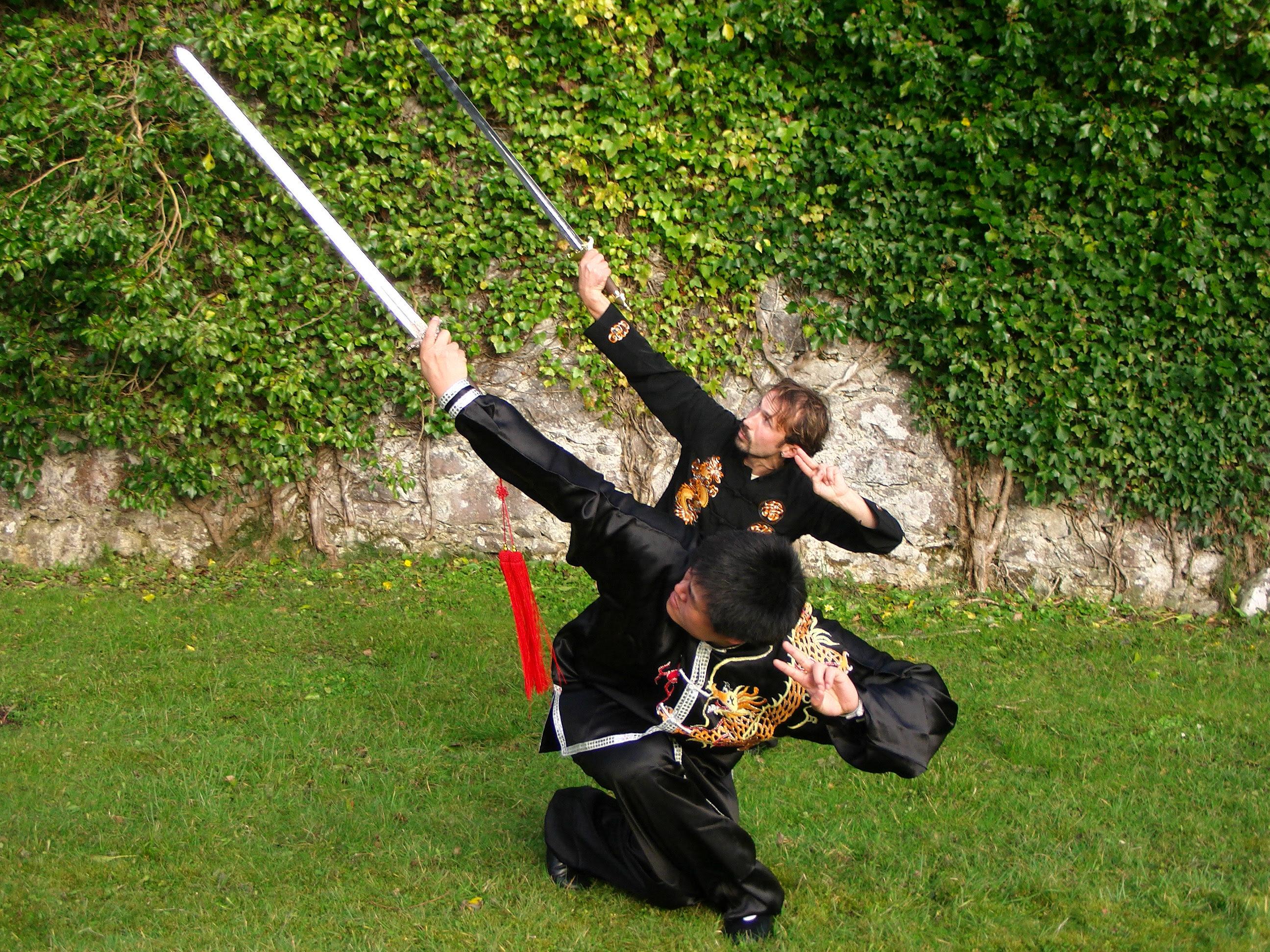 Tudo sobre espada – Niall O'Floinn